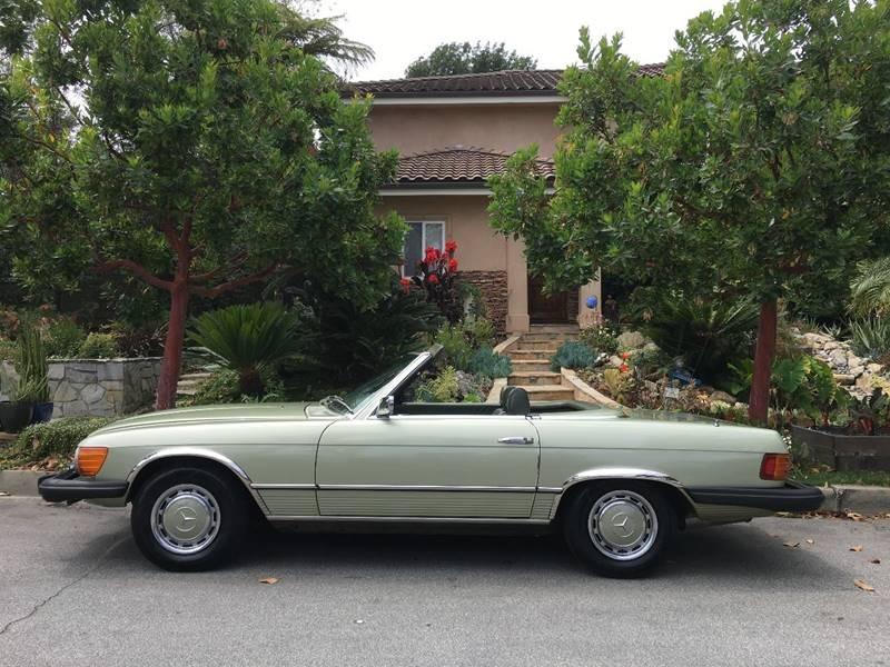 New-1975-Mercedes-Benz-450-SL-2-Tops