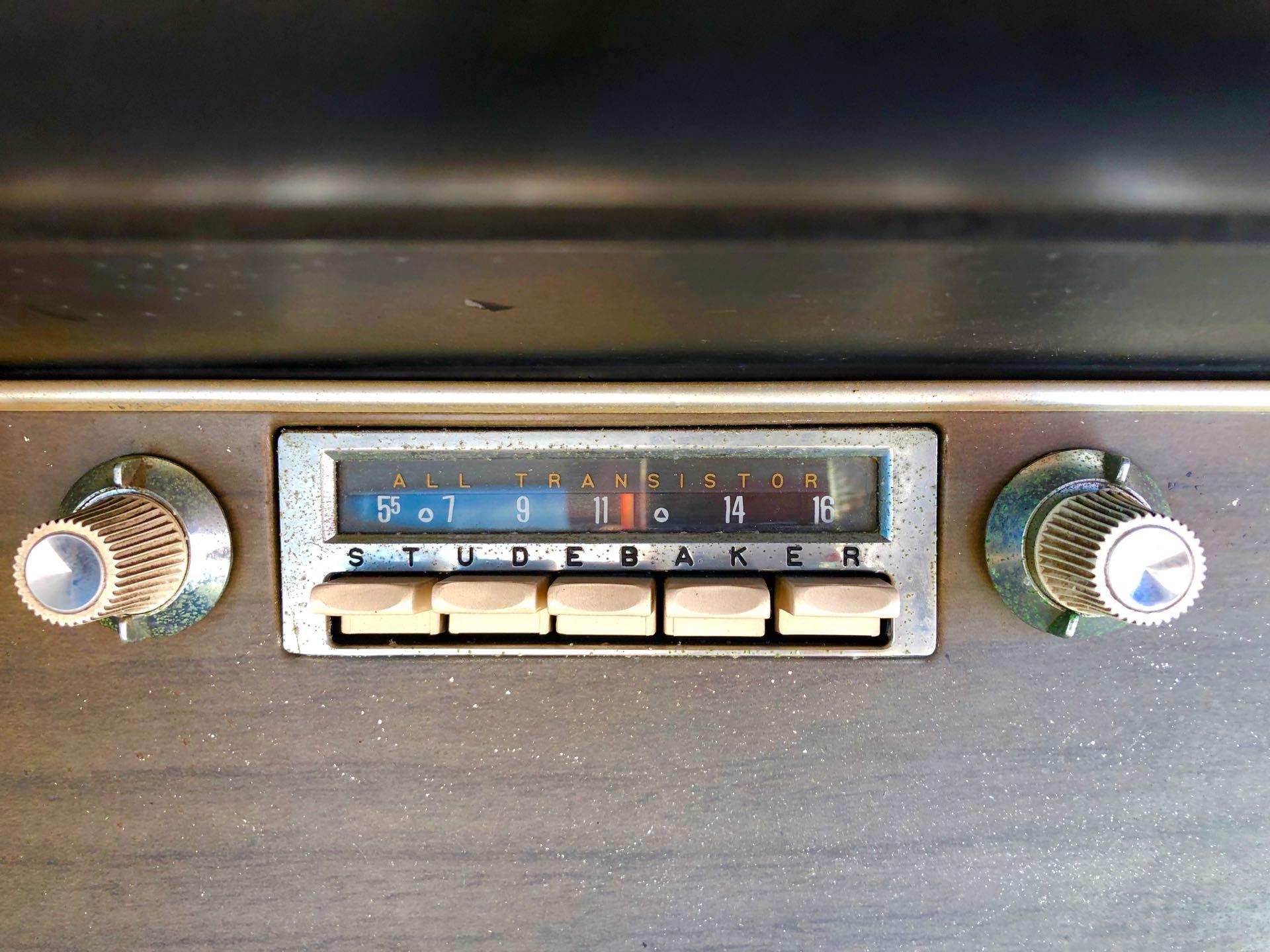 Used-1964-Studebaker-Gran-Turismo-Hawk