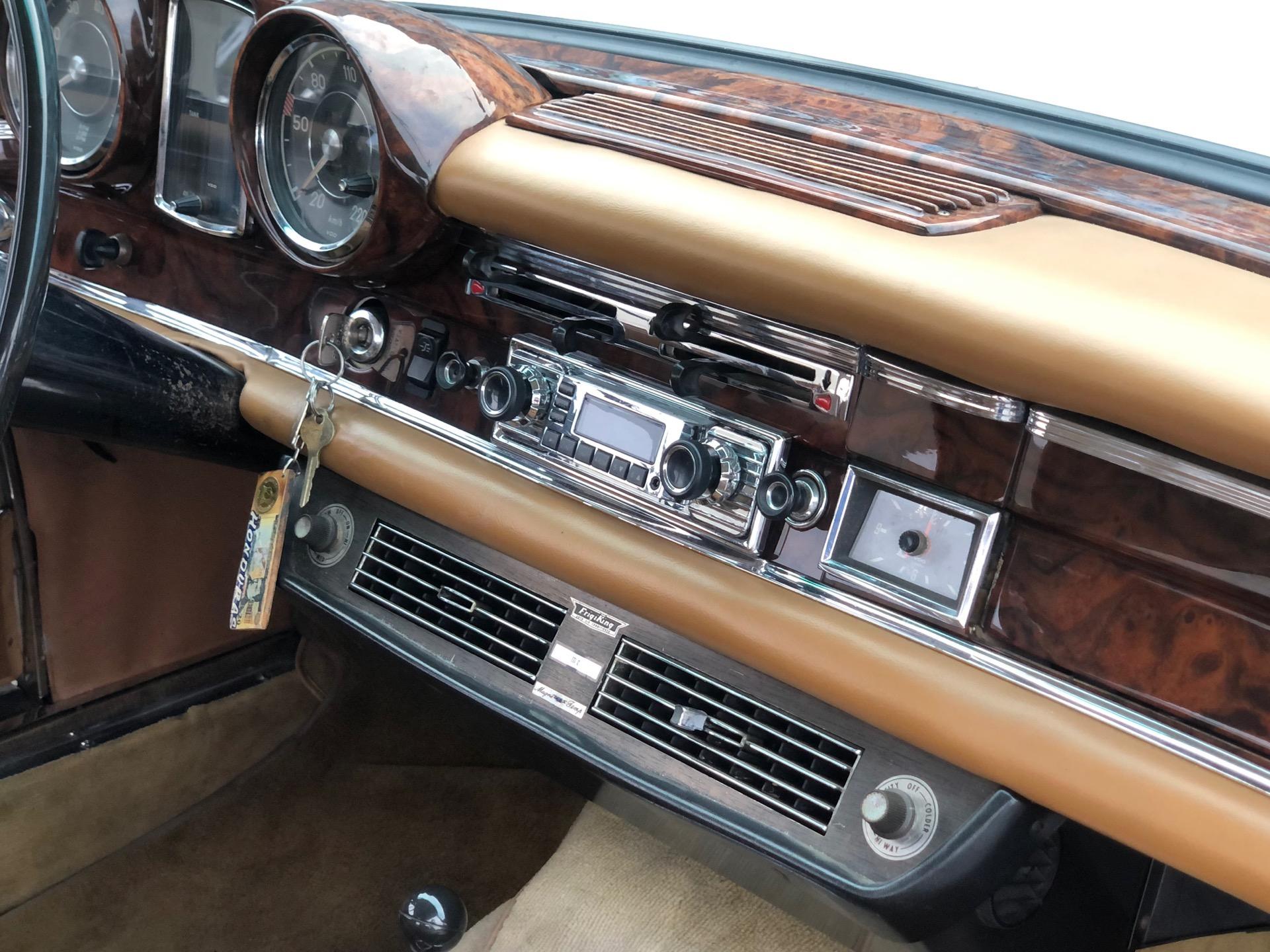 Used-1968-Mercedes-Benz-250SE