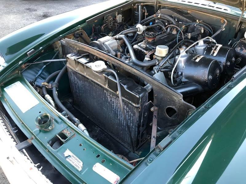 Used-1973-MG-B-One-Owner